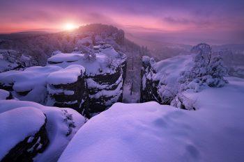 Mrazivý východ slunce v Tiských stěnách jako originální barevný fotoobraz