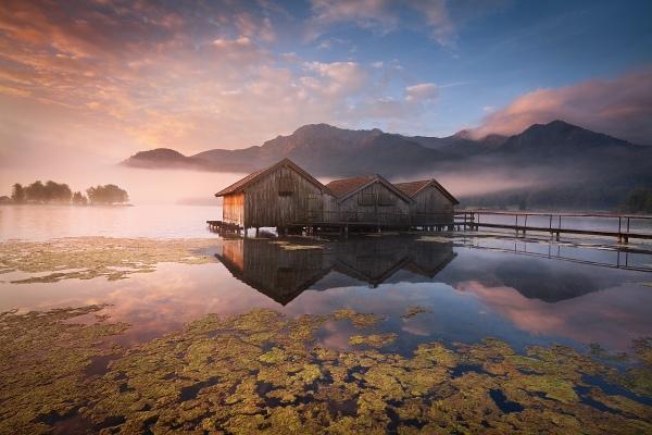Jezero Kochelsee je jedním z míst, které budeme společně fotografovat během foto workshopu Malebné podzimní Bavorsko